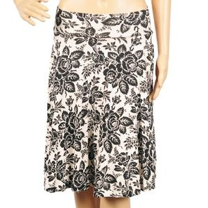 Effie's Heart Carnaby SKirt in Giverny Print